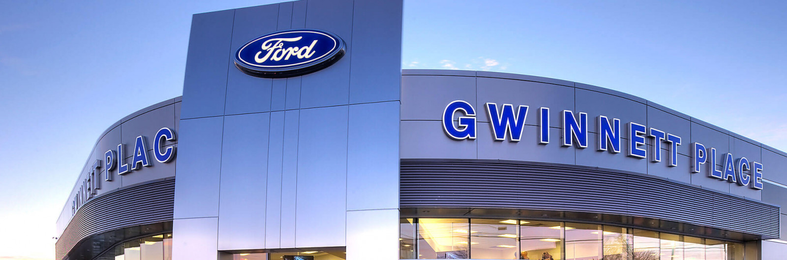 Using picture-perfect towers to unify more than 3,500 Ford dealerships